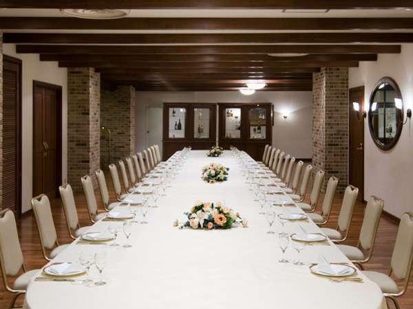 地下1階 シャトレーヌ ご宴会などで使用できます。