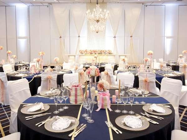 リニューアルした会場はご披露宴・ご宴席・会議などでも幅広くご利用いただけます。
