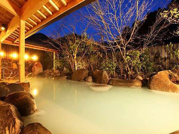 四季折々の風景を感じる事ができる露天風呂
