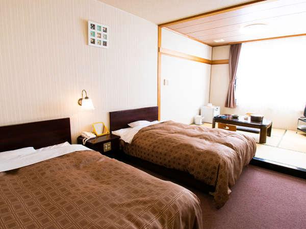 和洋室一例/ふかふかのベッドでぐっすりとおやすみいただけます♪