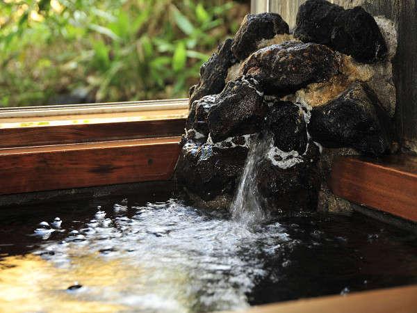 【白樺湖畔・天然温泉の小さな宿 サワルージュ】天然温泉と季節の料理がおすすめの白樺湖畔の小さな宿・喫茶も併設