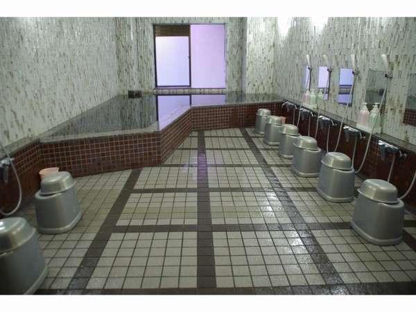 大浴場♪16時30分~23時朝は6時~8時の営業でございます。