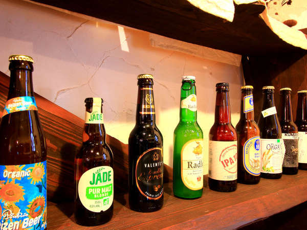 様々な種類の世界のクラフトビールをご用意しております。