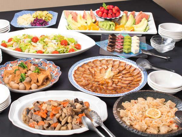 *6/1~お料理メニュー一新!基本3品+お好み海鮮丼取合せなど約20種類の和洋折衷ブッフェをご提供