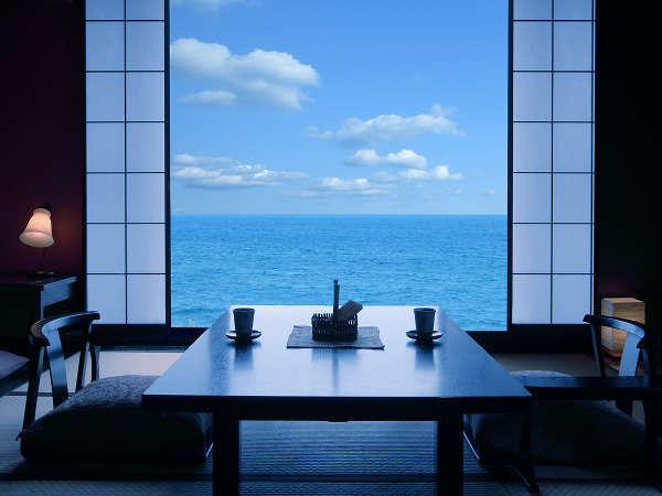 【お宿 ひるた】夕食はお部屋食!リピーターが足繁く通う海辺に佇む小さな隠れ宿!
