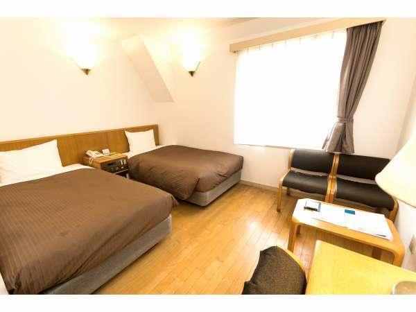 ツインルーム★ベッド幅105センチ。部屋20平方メートル。