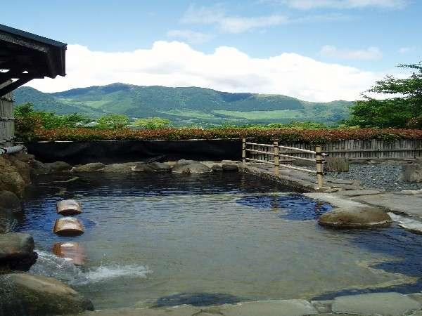 【大浴場露天風呂】★寝湯★:リラックス癒しのスペースです。