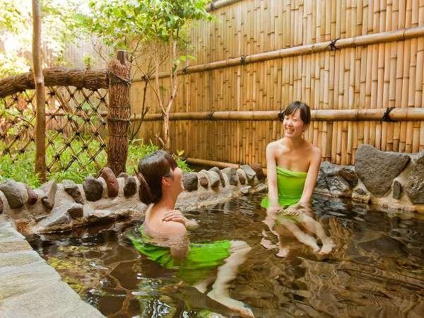 【客室露天風呂】★阿蘇五岳館★二人で浸かってもゆったり。思いっきり湯浴み♪