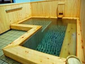 檜が香るお風呂は貸切でご利用頂けます