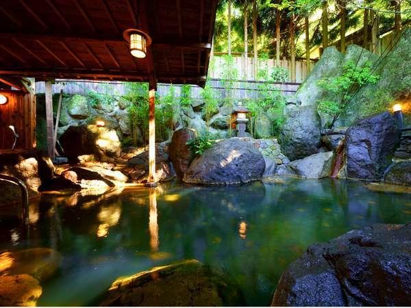 【大浴場『金の湯』】露天風呂(男湯)朝利用時は女湯になります(入替制)