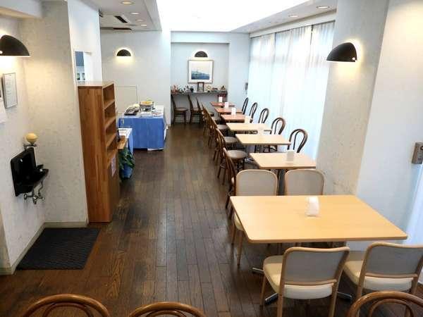 1階レストラン 朝食AM6:30~8:30迄。ご宿泊者様無料サービス。