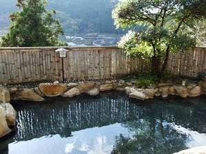 2つある露天風呂の一つ 景色の良い露天風呂です