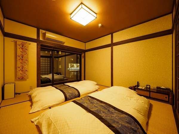 高瀬川を望むことができる2階主寝室