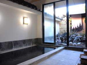 24時間入浴できる美人の湯。女性専用の大浴場