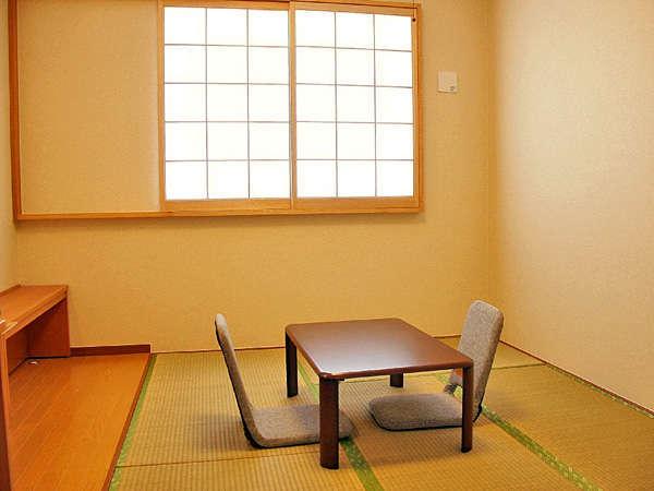 【和室】畳でゆったり、ファミリーにオススメです。