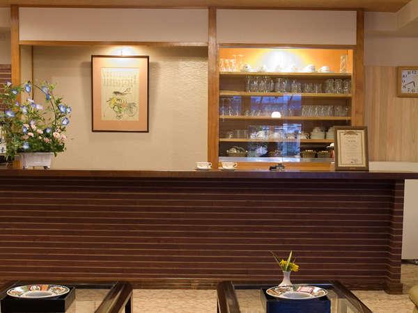 喫茶(コーヒー)コーナー。営業時間はam8:00~pm9:00までです。