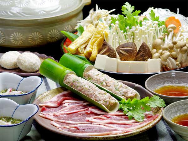 【鴨鍋一例】但馬鴨と鴨団子が美味!〆の玄米餅も人気の秘密…♪