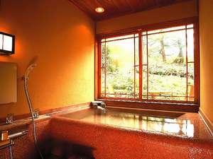 半露天付客室の浴室