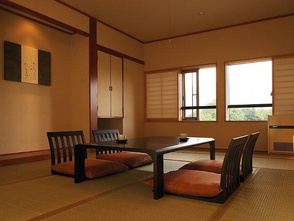 和洋室一例 (こののプランのご予約の場合、半露天付客室にさせて頂く場合があります。/指定不可)