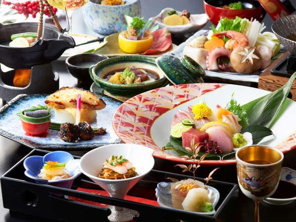 最上級会席【月花】は味覚だけでなく視覚でも楽しめる会席料理です。
