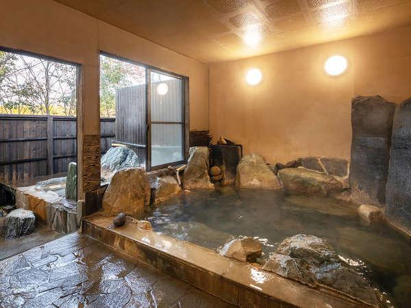 """【大浴場】お部屋の温泉だけでなく、大浴場も経験しておくのが""""温泉ツウ""""の愉しみ方!!"""