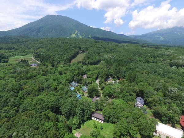 黒姫山麓に位置するラボランド全景