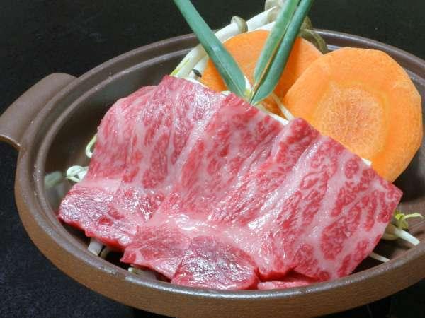 *【秋川牛】柔らかな秋川牛をアツアツのままお召し上がりください!