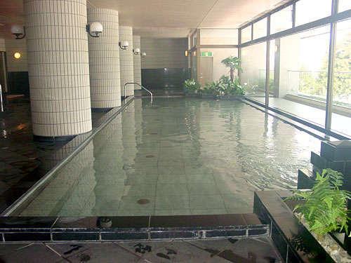 男女各250坪の天然温泉大浴場。(ナスパニューオータニ様内 無料)
