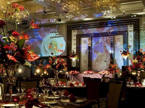 4階宴会場:パーティーやご披露宴、法事等、ご相談お待ちしております。