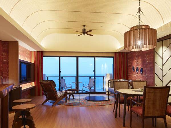 サウスタワー「サンセットスイート」リビングエリア。サウスタワーで1室のみの特別空間