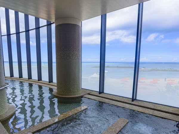 大浴場&サウナ(有料・リゾートパスが必要/サウス予約で無料)