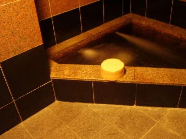 貸切家族風呂(無料)24時間利用可能です。