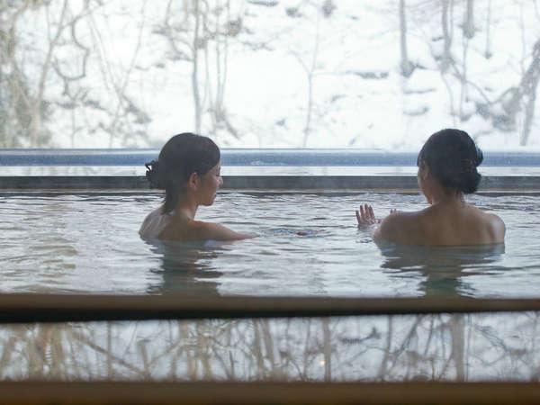 雪景色の山水の湯