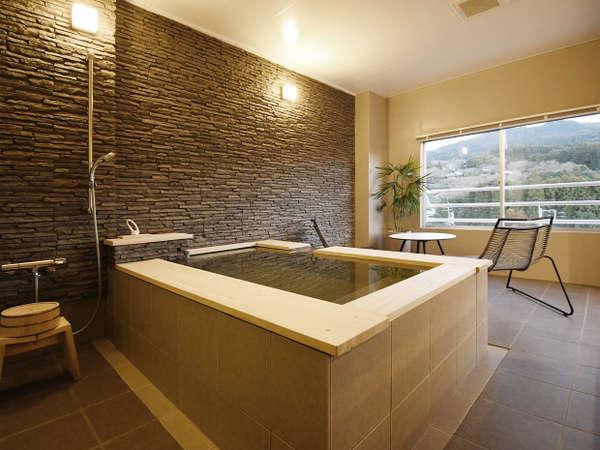 半露天風呂付き客室603