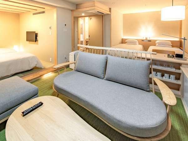◆ファミリールーム 45㎡ ソファの種類は部屋毎に各種ございます。