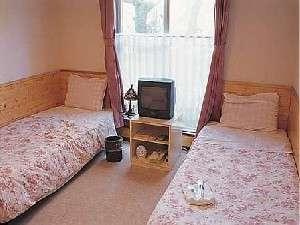 ピンクで統一されたお部屋♪ペット同伴室です