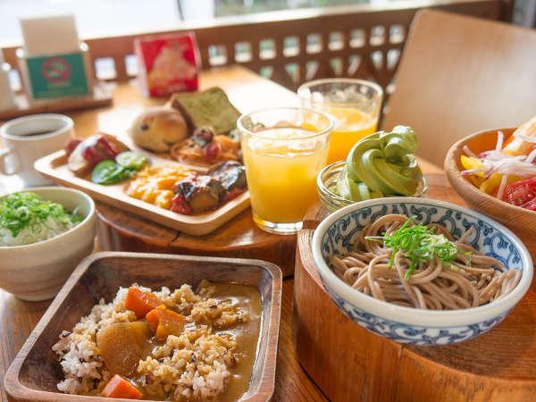 大好評の朝食ビュッフェ★プラン外の方は前日申込で¥1000/当日¥1100(税込)でご利用できます。