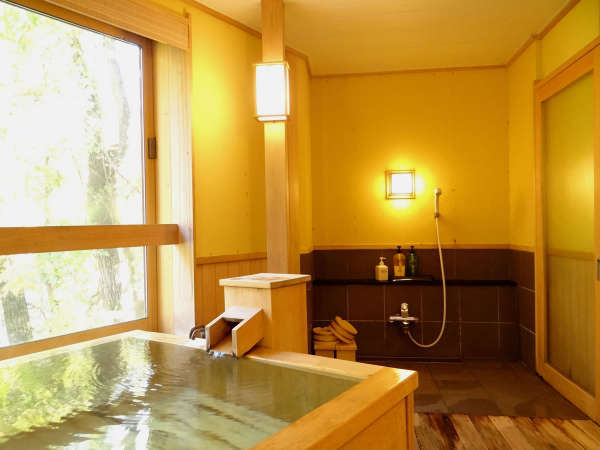 【老神温泉 もうひとつのふる里 山口屋】単純硫化水素泉の至極の湯!露天風呂からは雄大な山々が一望!