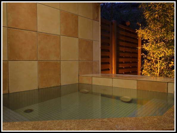■館内貸切湯■ 予約不要で24H空いていれば複数回入浴可。