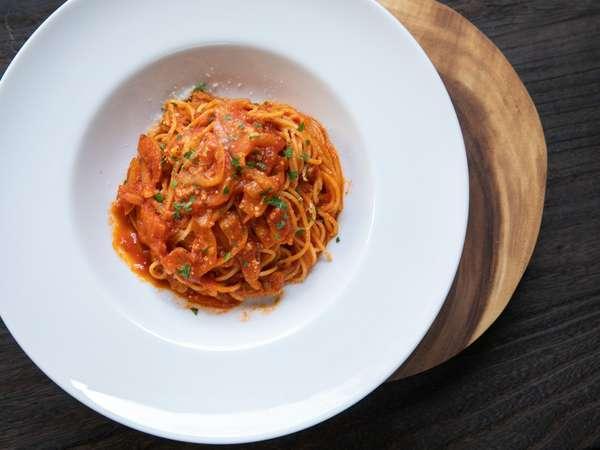 カフェルグランランチタイムにはイタリアンをベースとしたお料理をご提供しております。