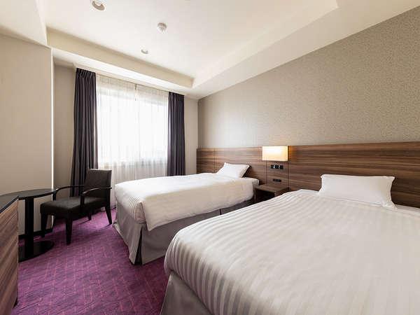 【客室】ツインルーム・部屋広さ…22㎡・宿泊人数…1~3名・ベッド幅…110cm