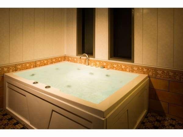 天然鳴き砂温泉掛流し 貸切風呂