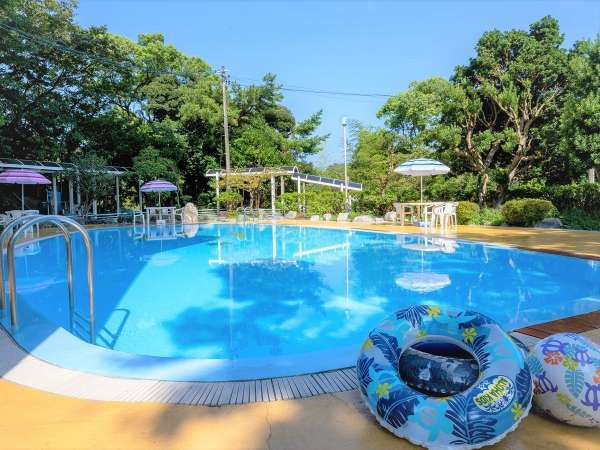【屋外プール】夏期限定。当館ご宿泊のお客様は無料でご利用頂けます。