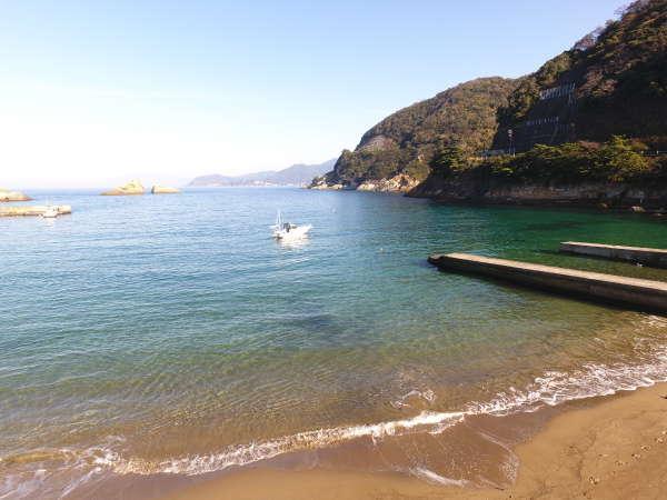 【クルージング風景】透き通った海と青空を見ながら乗るクルージングは最高!