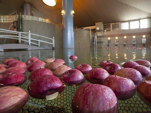 大浴場にもリンゴを・・心もお肌も綺麗にしてくれます♪