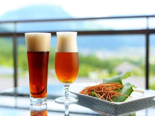 【ハッピーアワー】ロビーで2種類から選べる生ビール。1杯500円でお召し上がりいただけます。