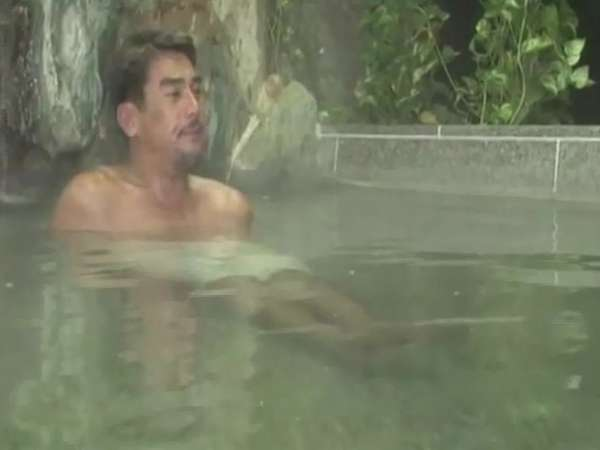 宍戸開さんに展望大浴場にて美肌の湯をご堪能いただきました♪