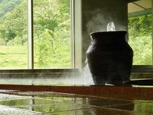 大浴場『八千矛の湯』壺からたぷたぷと湧き出ております♪