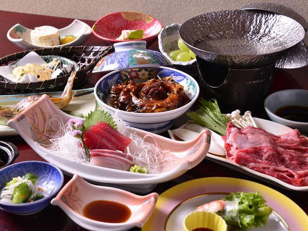 *お夕食一例/新鮮な山の幸、川の幸をふんだんに活かした心尽くしの郷土料理をお愉しみ下さい。