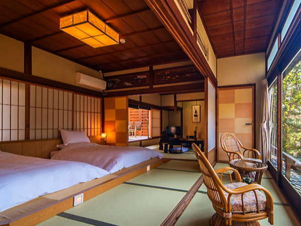 【和洋室「萩」】 映画「釣りバカ日誌2」のロケで使われた、露天風呂付きで当館一番人気の和洋室